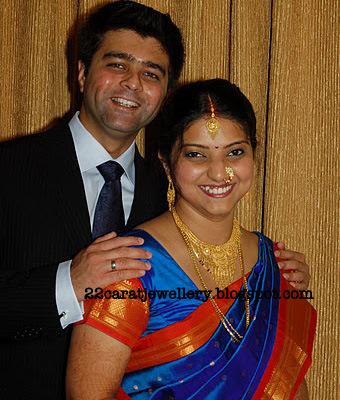 Bengali Bride Traditional Look Jewellery Designs
