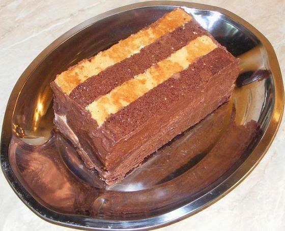 preparare prajitura sah-mat, preparare tort sah-mat, preparare prajitura sah, preparare tort sah, preparare pandispan, preparare dulciuri si prajituri de casa cu crema, prajituri, torturi, dulciuri, deserturi, retete culinare,