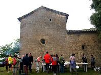 Esmorzant a Sant Esteve de Valldoriola