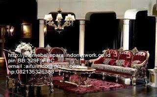 sofa klasik jepara jual mebel jepara Mebel furniture klasik jepara jual set sofa tamu ukir sofa tamu jati sofa tamu antik sofa jepara sofa tamu duco jepara furniture jati klasik jepara SFTM-33044