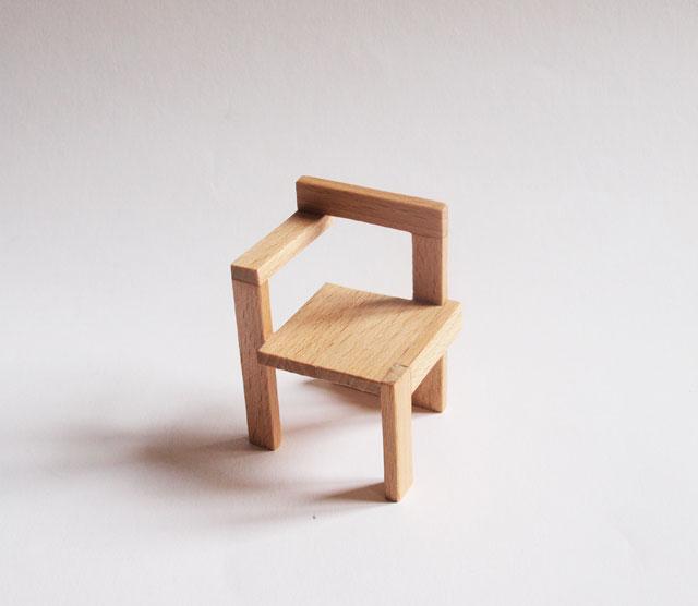 Miniaturas modernas silla steltman for Sillas madera modernas