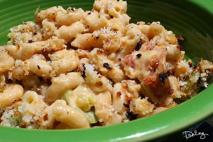 hatch chile macaroni and cheese with bacon