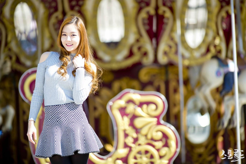 1 Pretty Yu Jin In Outdoors Photo Shoot - very cute asian girl-girlcute4u.blogspot.com