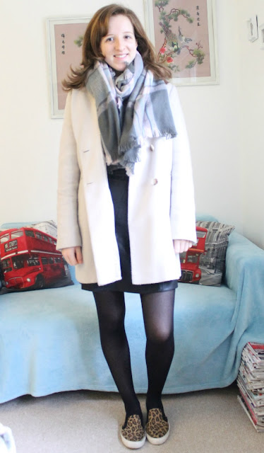 OOTD: A classic grey jumper and leather skirt Fashion Blogger Outfit Of The Day Zara ASOS Warehouse Primark