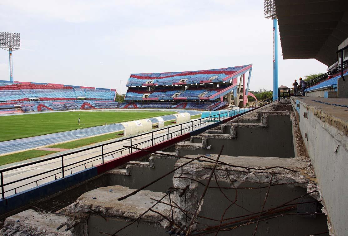 Maracaibo   Estadio Pachencho Romero   45.000 - Página 3 Pachencho09