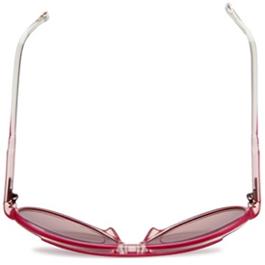 40d450612e5a6 ... (óculos desenvolvidos para pessoas que vivem em ação, cujo design é  focado na sua funcionalidade e desempenho, desenhado a partir da longa  história da ...