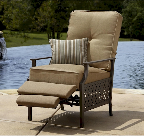 La-Z-Boy outdoor recliner for $180 with free store pickup, plus free (or  near free) $20 patio item - Daily Cheapskate: La-Z-Boy Outdoor Recliner For $180 With Free Store