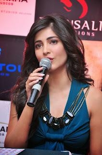 Actress Shruti Han Pictures in Long Dress at Gabbar Game Launch  13