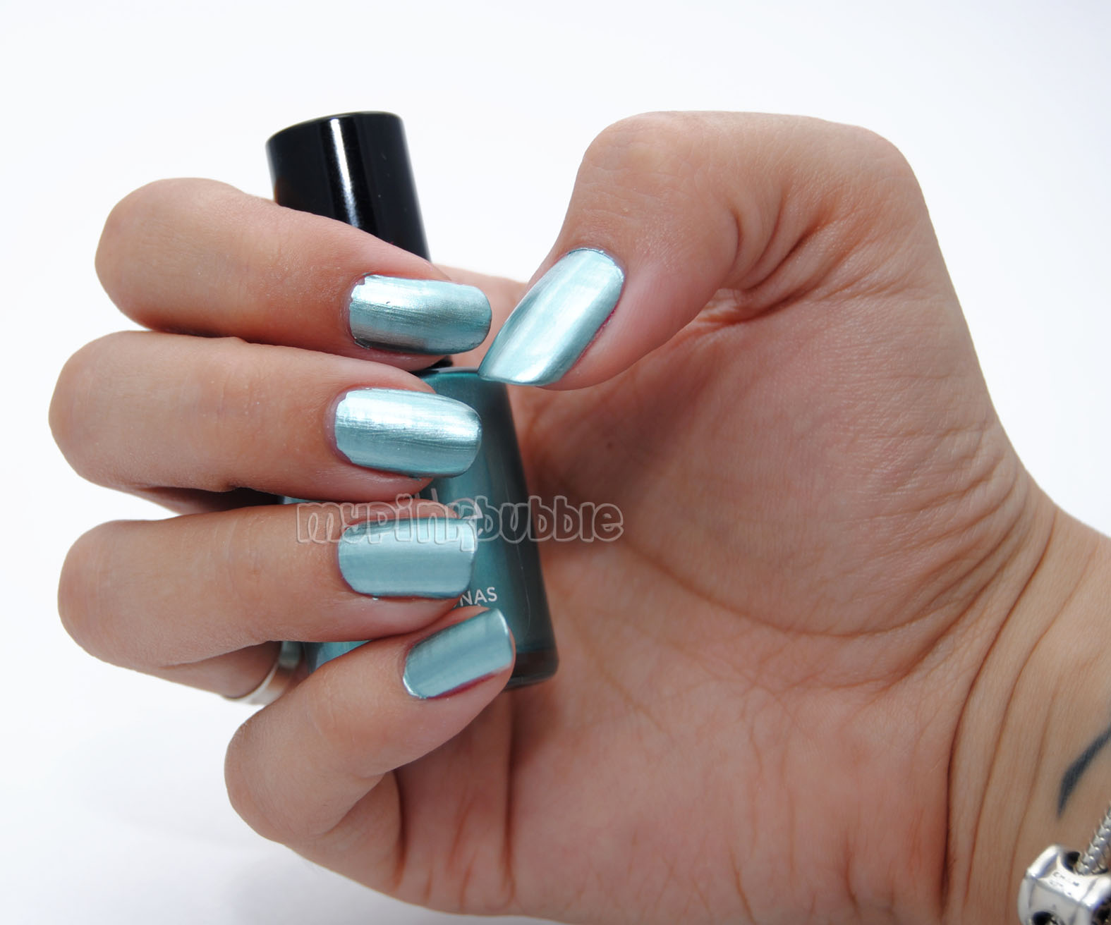 Belle 01 Chrome Blue swatch