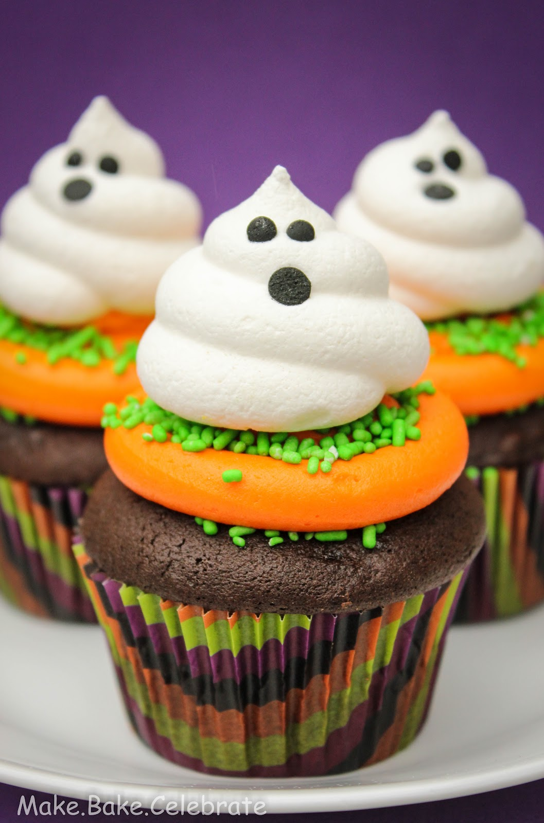 Mbc boo tiful cupcakes and some big news - Halloween decorations for cupcakes ...