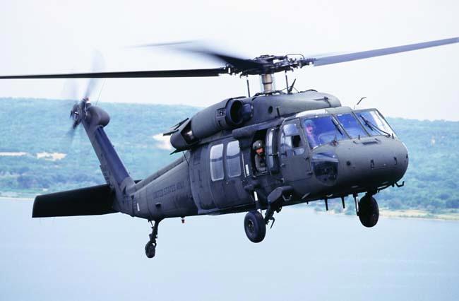 UH-60 Black Hawk Sikorsky+UH-60+Black+Hawk+by+cool+images+%25286%2529