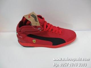Jual sepatu PUMA Driving Power Light Ferrari