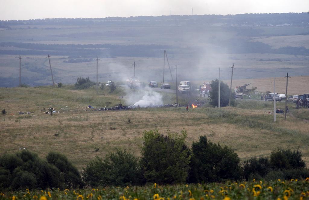 Crash d'un 777 proche Donetsk - Page 5 MH17+3