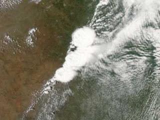 Foto del Tornado de Moore (Oklahoma) visto desde el espacio (NASA)