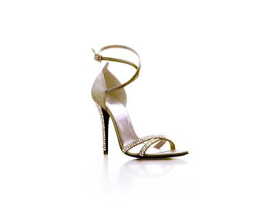zapatos con pedreria