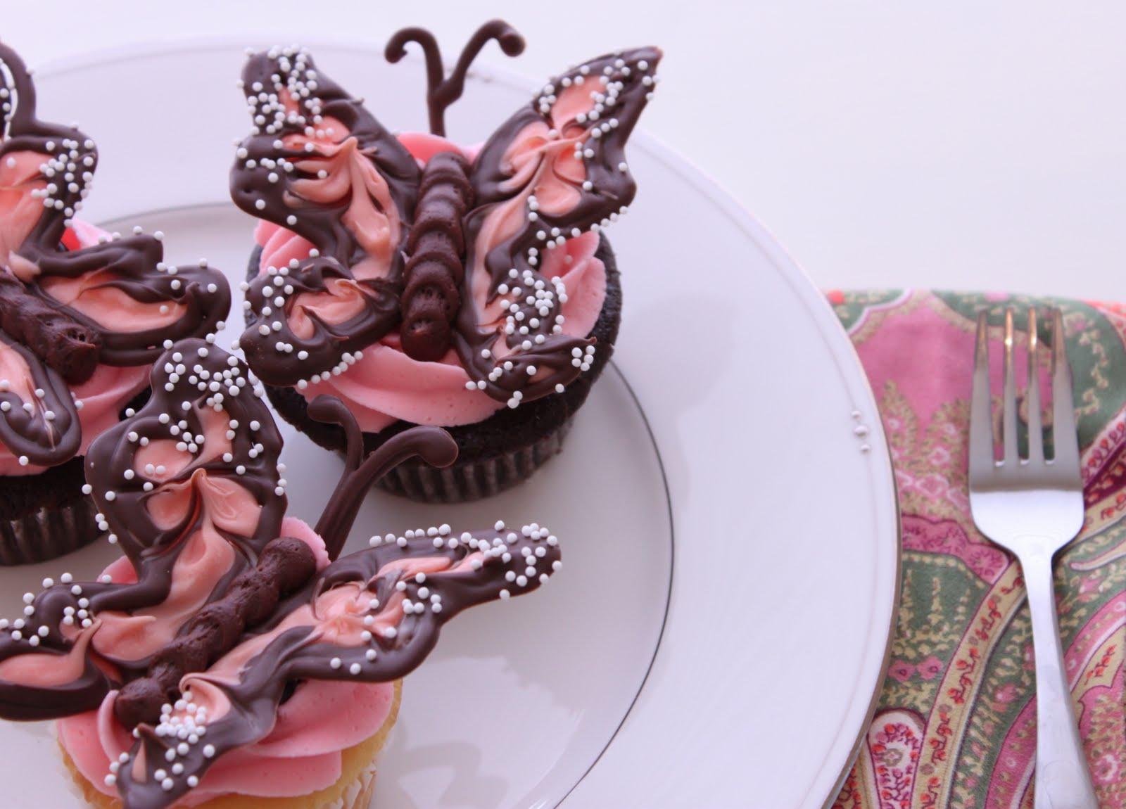 Beautiful Cupcake Images : Icing Designs: Beautiful Cupcakes!