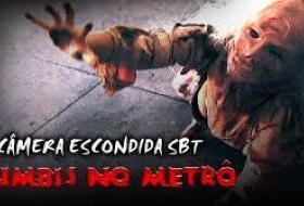 Pegadinha engraçada: Zumbis no metrô atacam