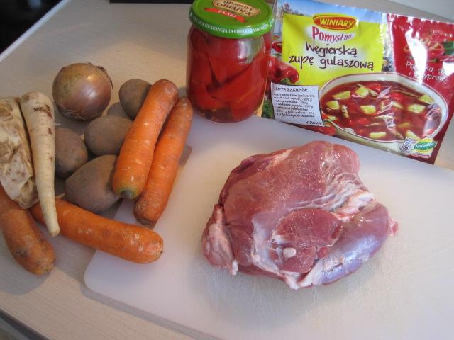 co na obiad, co ugotować na obiad, pomysł na zupę, prosta zupa,blog kulinarny, przepisy kulinarne,przepis na zupe węgierską