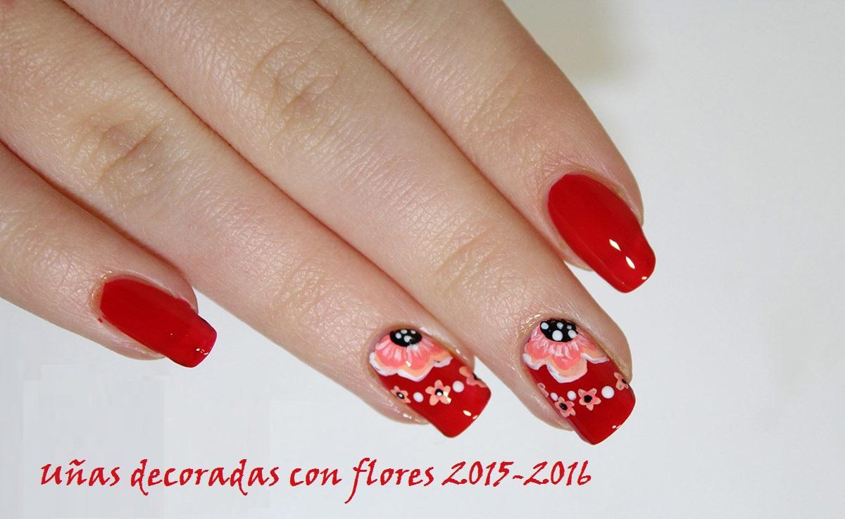 Uñas decoradas con flores 2016