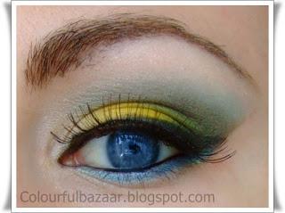 Machiaj Galben cu accente albastre si verzi-ochi albastrii