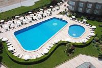 çınar-otel-istanbul-açık-yüzme-havuzu-fotoğrafı