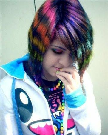 Trend Model Gaya Rambut Emo Pria Wanita Terbaru - Gaya rambut pendek emo