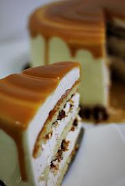 PECAN HEAVAN CAKE