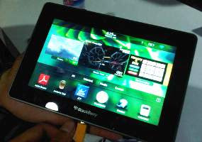 BlackBerry Playbook,ipad competitor