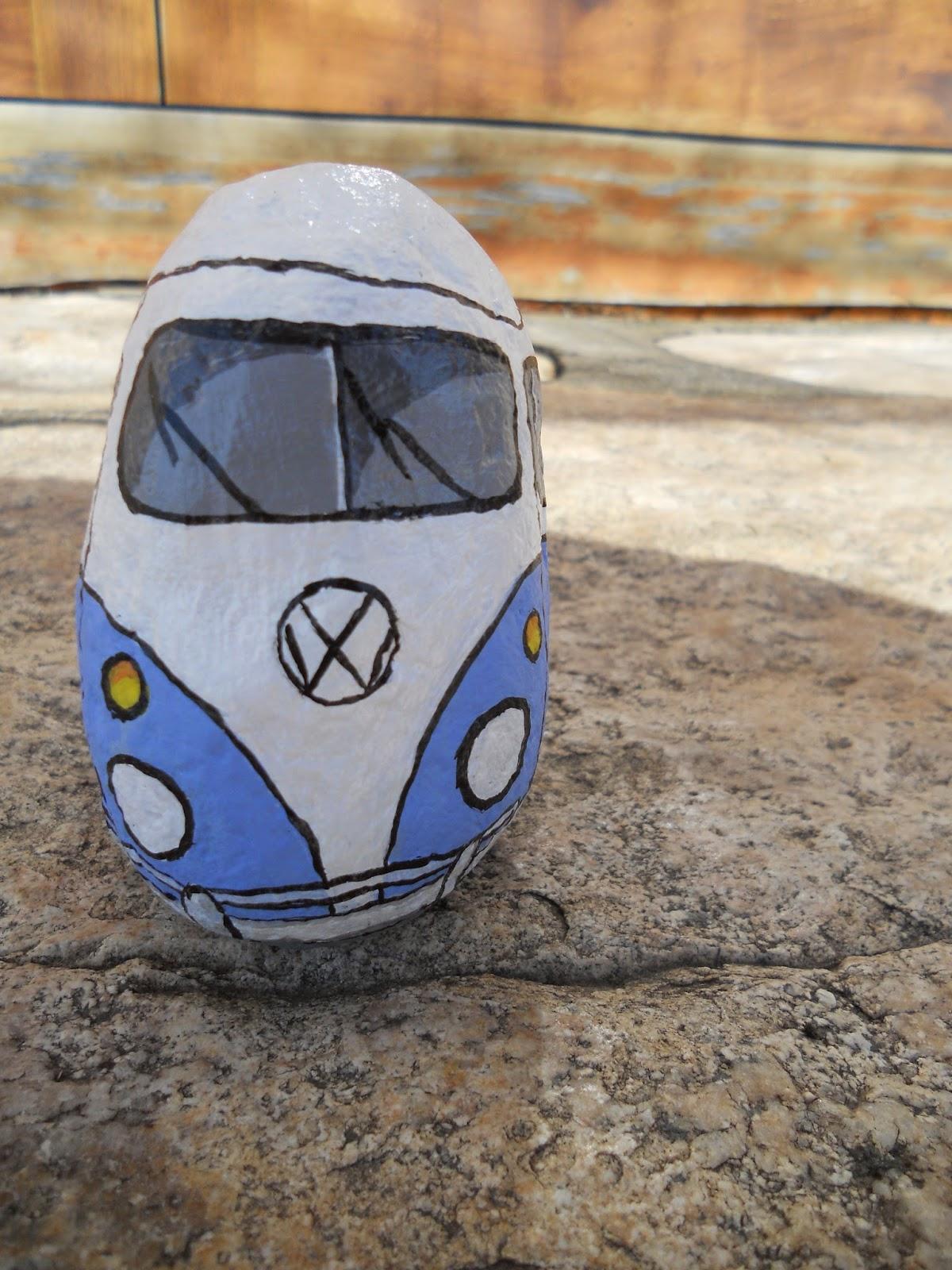piedra pintada Volkswagen camper, furgoneta vw o furgoneta hippie