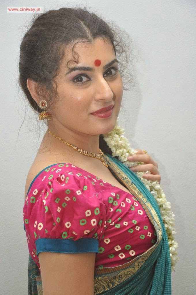 Actress Archana in Saree - www.