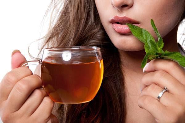 Uống trà để eo thon, dáng khoẻ và da đẹp