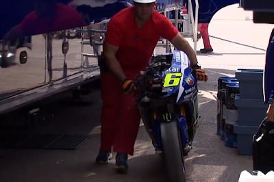 Tes Michelin: Valentino Rossi crash di Aragon!