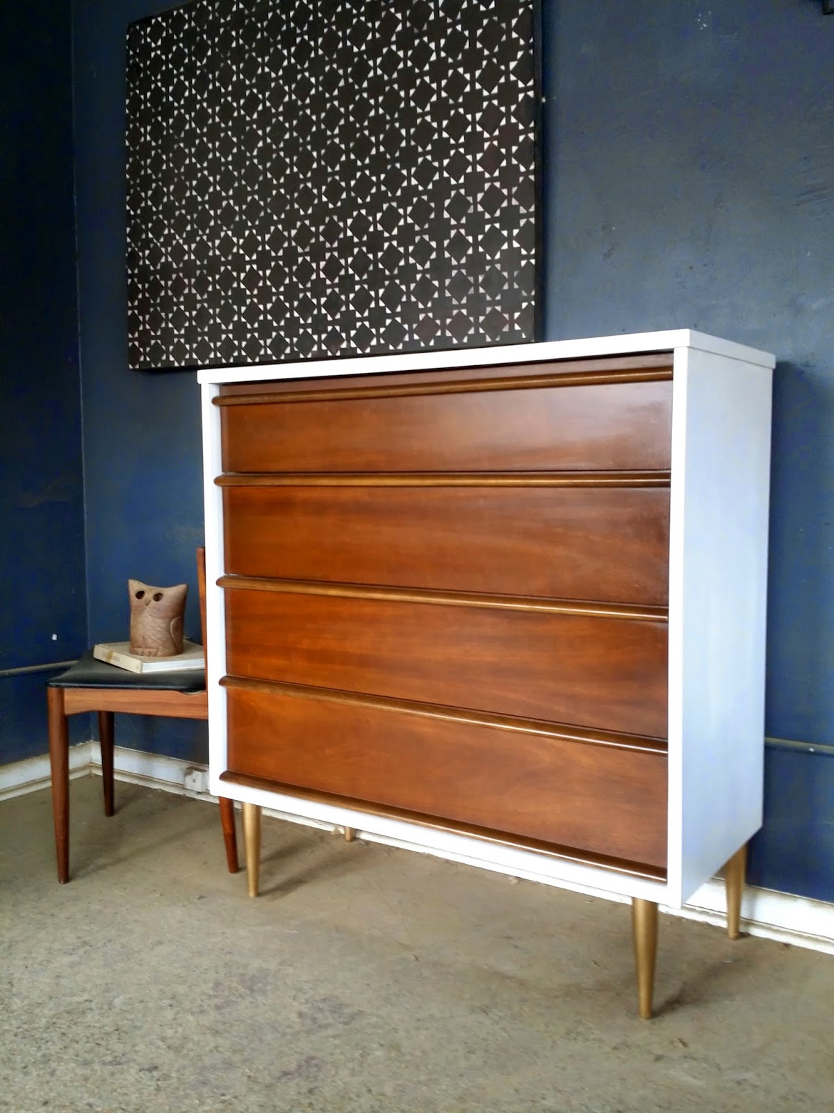 This Is A Stunning Mid Century Highboy Dresser The Casing Refinished In Crisp White Legs Are Gold Giving It Fantastic Look