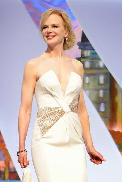 Nicole Kidman con un peligroso escote