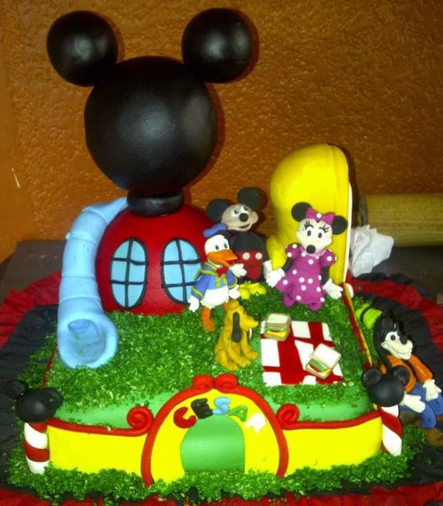 La casa de Mickey Mouse TIPO TORTA - Imagui