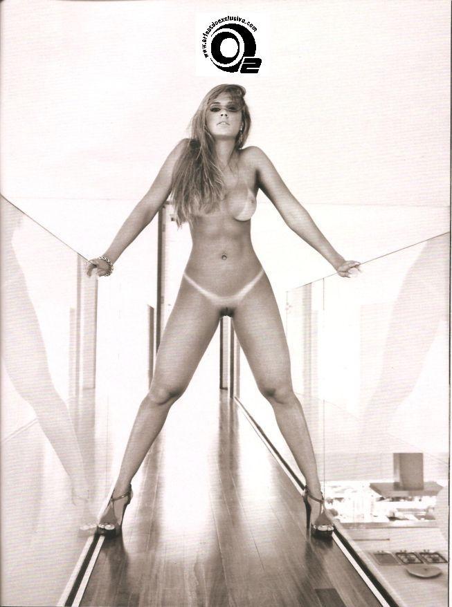Juliana Salimeni Nude