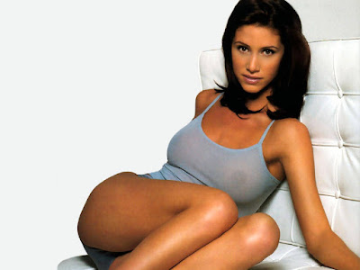 Hot Beauty Shannon Elizabeth
