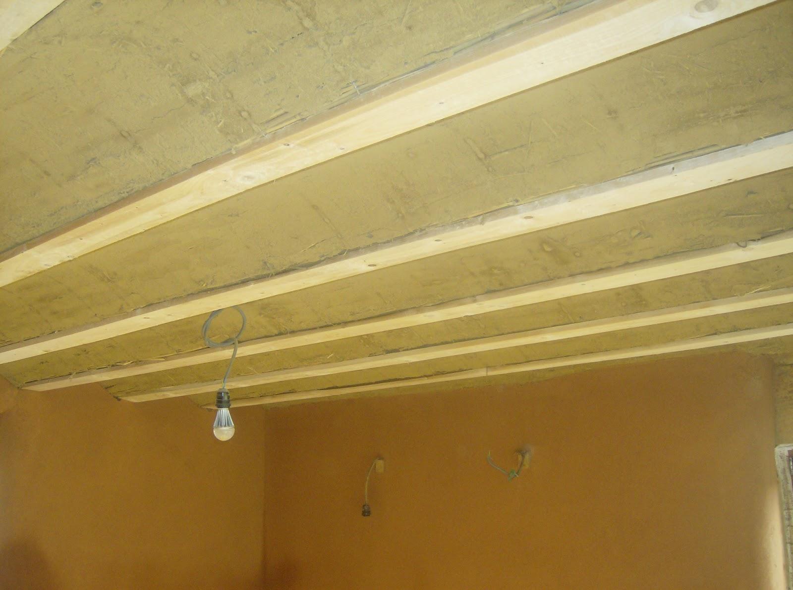 plafond vo t enduit l 39 argile passez l 39 antenne. Black Bedroom Furniture Sets. Home Design Ideas