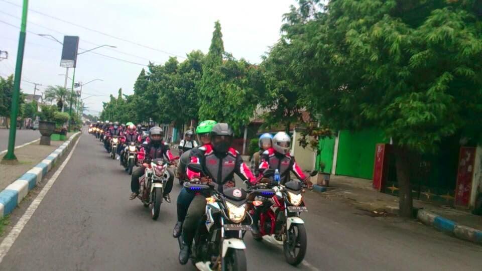 Hasil gambar untuk komunitascb150r surabaya cek motor