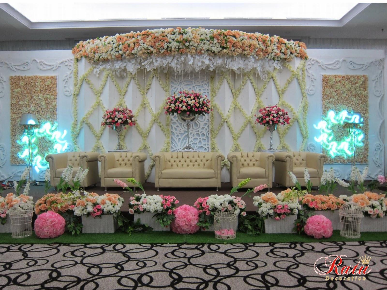 Decoration bandung 28 images magenta wedding decoration bandung decoration junglespirit Choice Image