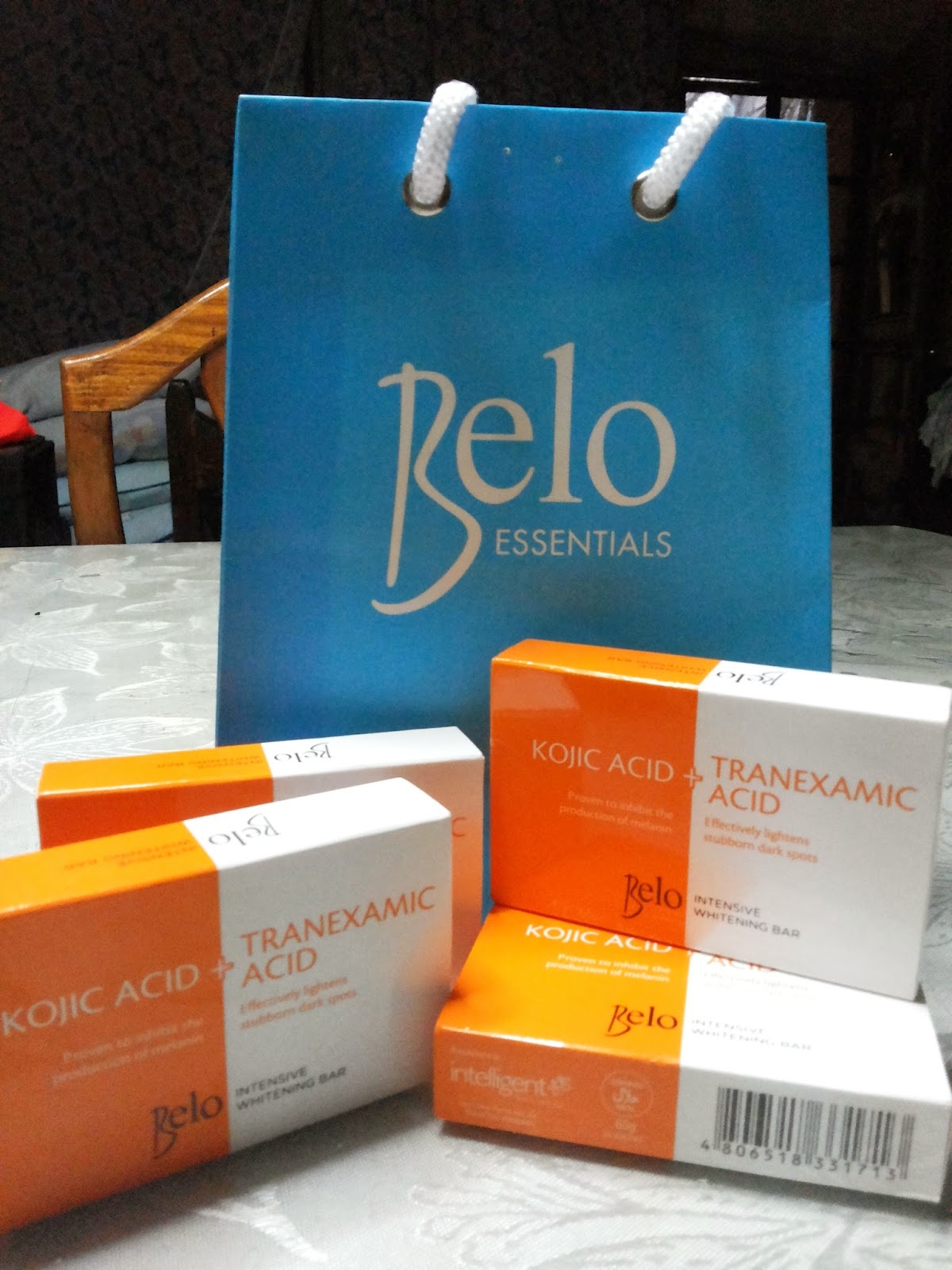Belo Intensive Whitening Bar