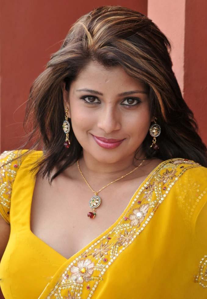 Nadeesha Hemamali South Indian Actress Sexy Photo