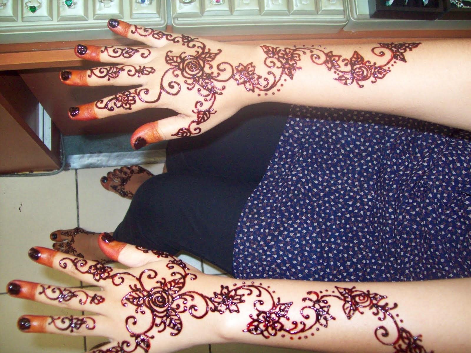 Fashionizhaa Batik Henna