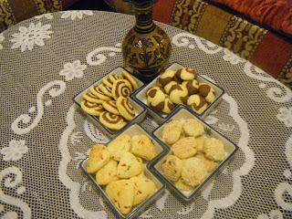 4 أشكال مختلفة من حلويات دواز أتاي بعجين واحد فقط بالصور