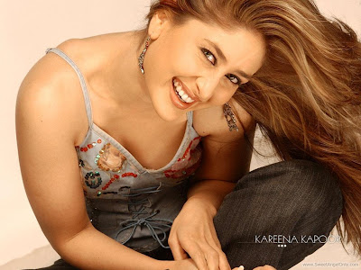 Bollywood Glamour Girl Kareena Kapoor Wallpaper