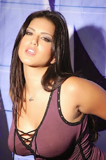 Sunny Leone  Spicy Pic (1).jpgSpicy Punjabi Babe