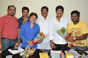 Maa President Rajendra Prasad Felicated by Tammineni and Others-thumbnail-5