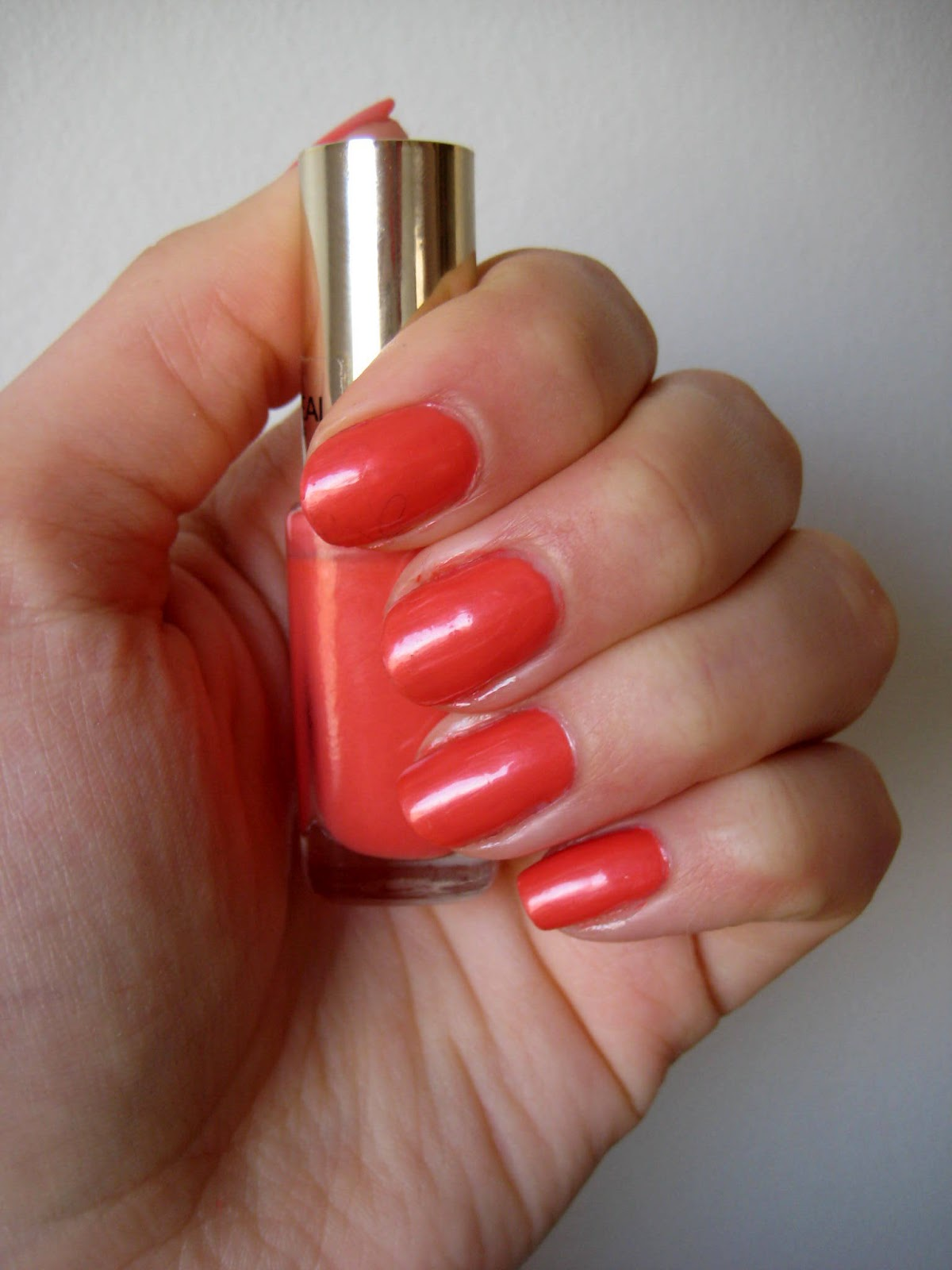L'oreal dating coral
