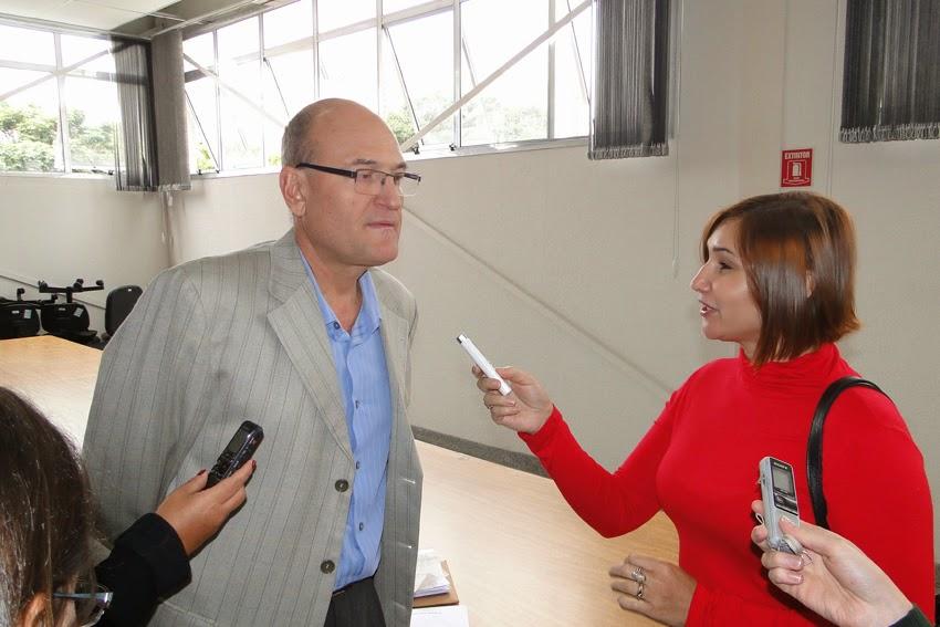 Riselda Morais entrevista Secretário Municipal de Saúde José de Filippi