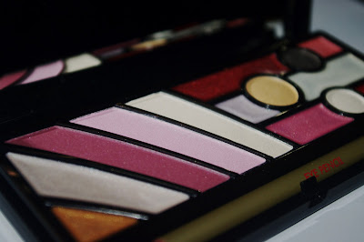 Different shades in the pupa makeup clutch